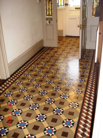 Victorian Tile after being cleaned by Kent Tile Doctor